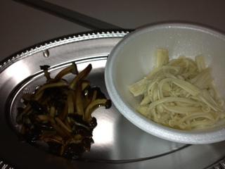 えのき食べ比べ.JPG