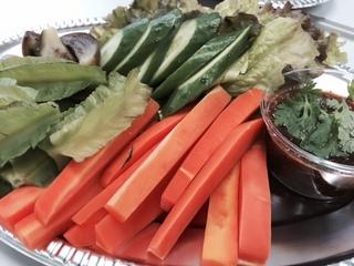 ナムブリック(茹で野菜+辛味噌).JPG