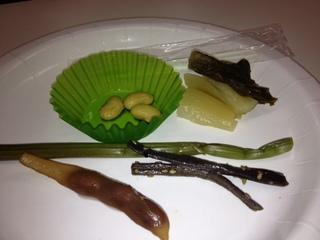 伝統食試食.JPG